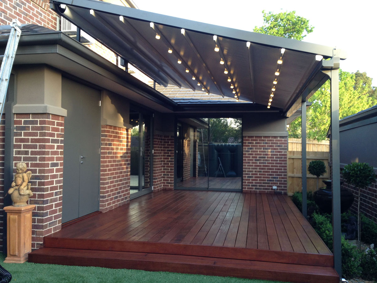 010 Georgetown, TX Retractable Awnings
